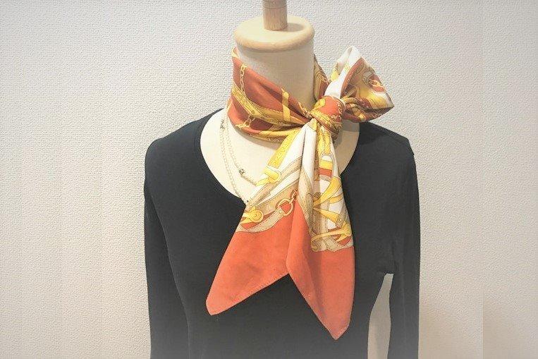 【HDC大阪 くらし向上計画】スカーフ1枚でスタイリッシュに変身!オン・オフで使えるスカーフの結び方レッスン♫